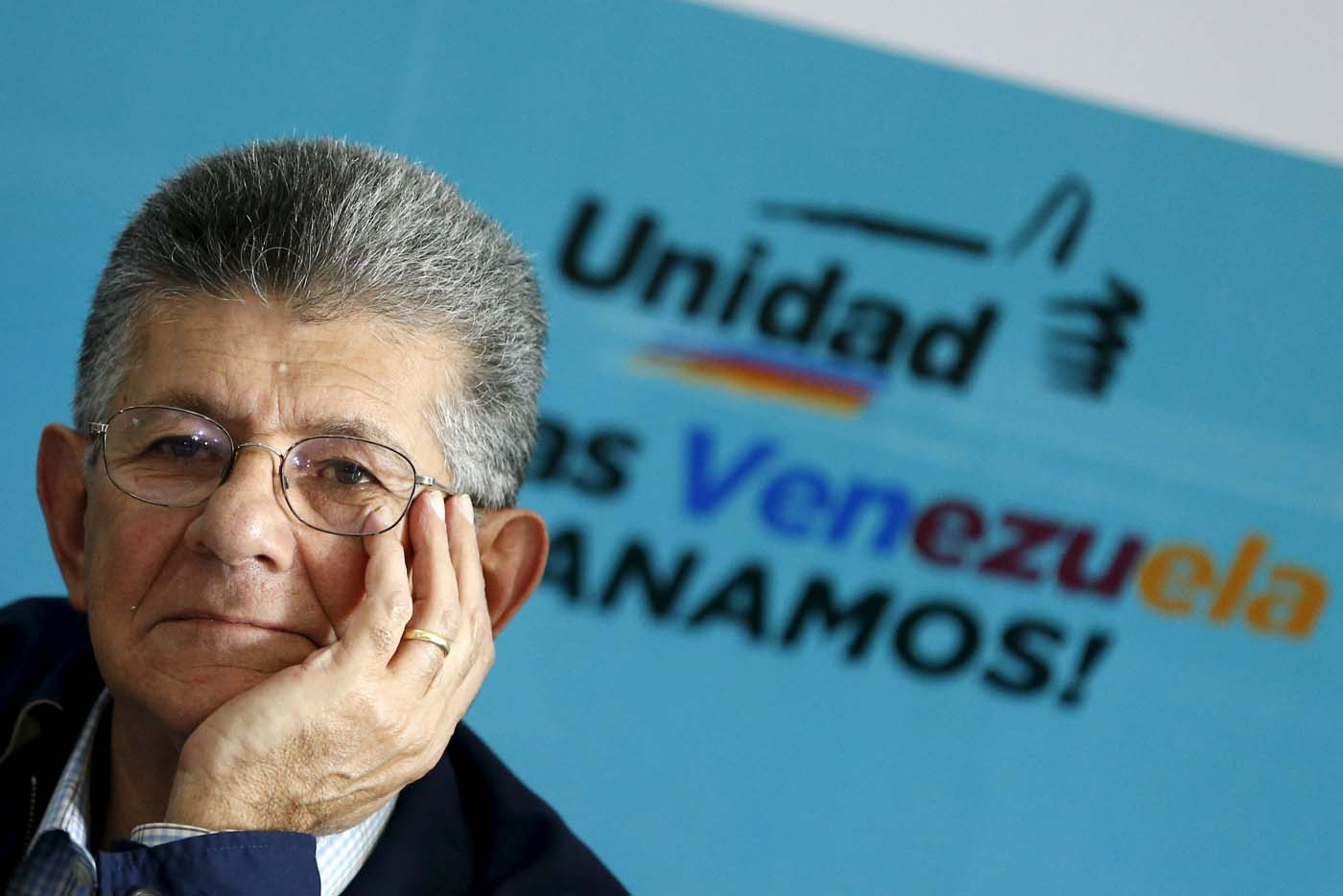 Henry Ramos Allup, a new elected deputy from Venezuelan coalition of opposition parties (MUD) attends to a news conference in Caracas, Venezuela, December 11, 2015. REUTERS/Carlos Garcia Rawlins