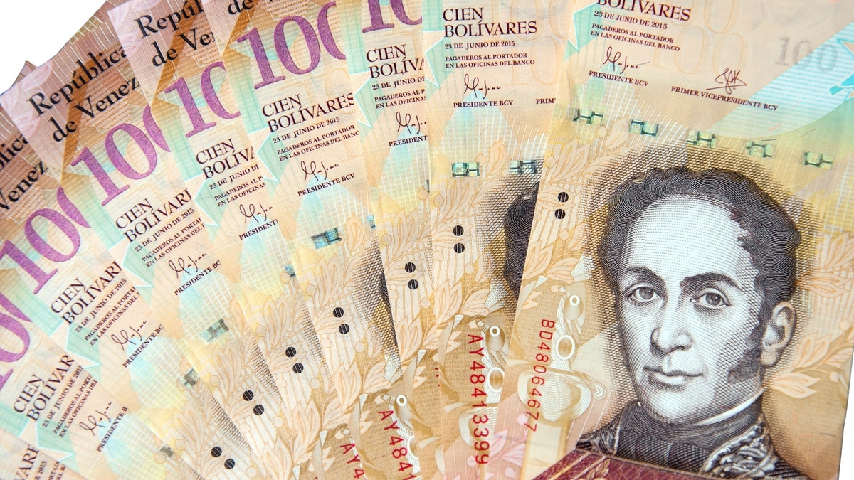 Dinero-billetes-Venezuela-bolivares-1920-3
