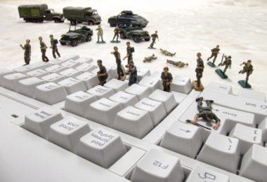 vigiancia-red-social-internet-guerra-contra-cristianos
