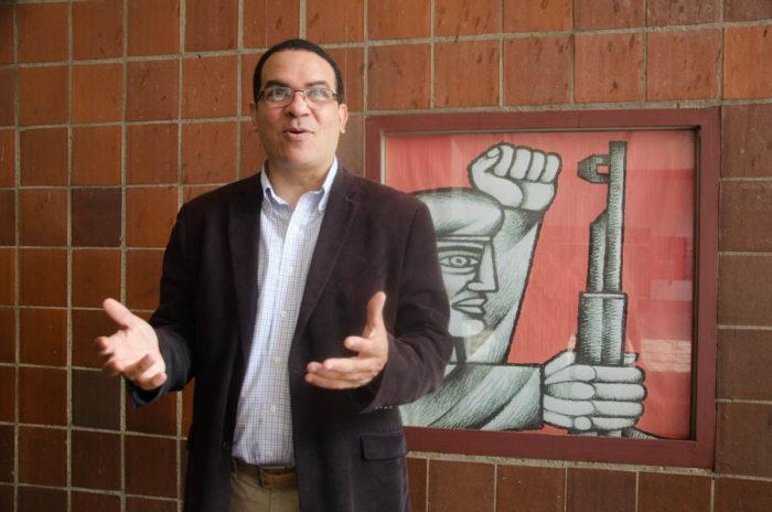 Juan Carlos Valdez llama a anclar el bolívar al Petro. Foto JERÓNIMO TEPEDINO