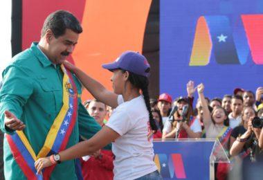 De cambios al vacío y la apuesta al futuro con Nicolás Maduro