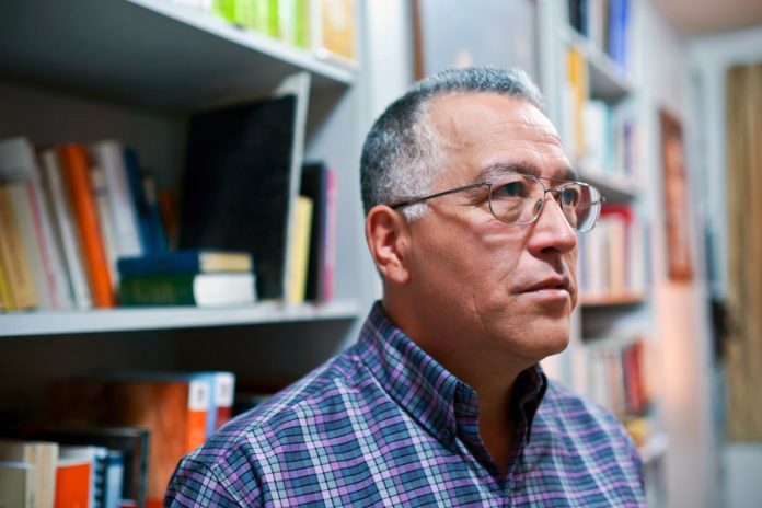 Entrevista-a-Padre-Numa-MolinaFOTOGRAFIA-CRISTHOFERSON-ZAMORA_15-696x464