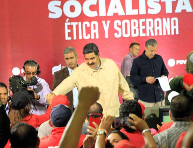 Maduro_PDVSA_900x
