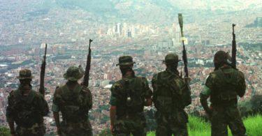 Paramilitares_CuatroF