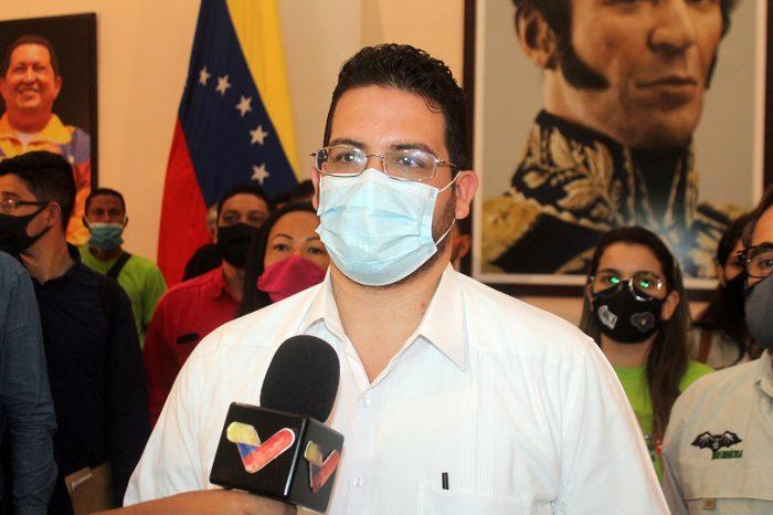 C2 Cesar Trompiz Ministro del Poder Popular para la Educación Universitaria